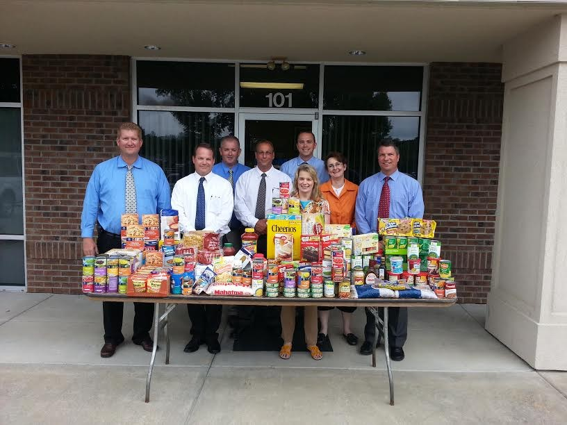 CentiMark People: Food Drive Experiences