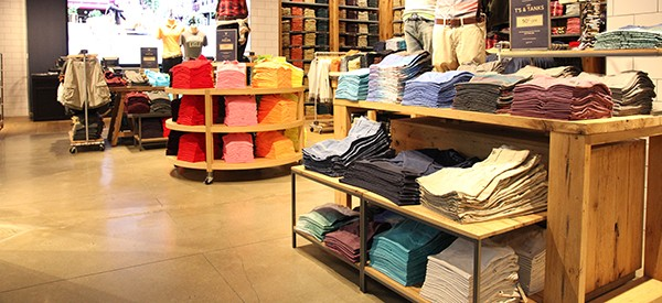 Make a great first impression this year with post-holiday retail floor maintenance.