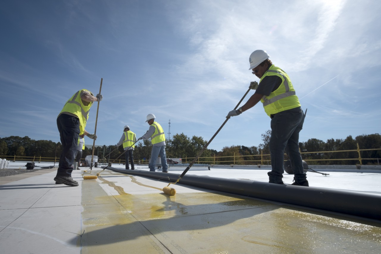 Key factors to look for in a commercial roofing contractor