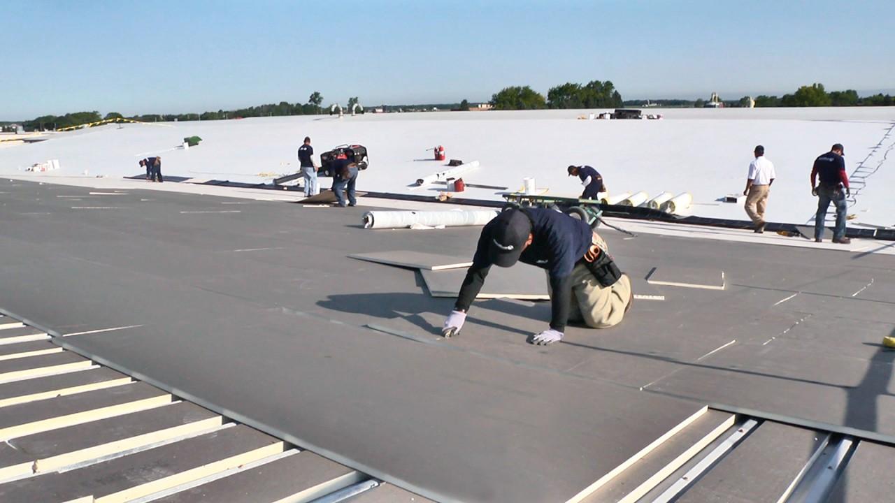 Metal Roofs: Durable and Attractive